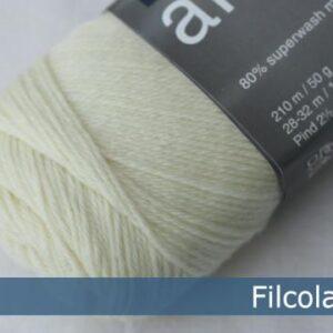 Garnnøgle fra Filcolana Arwetta Classic Natural White 101