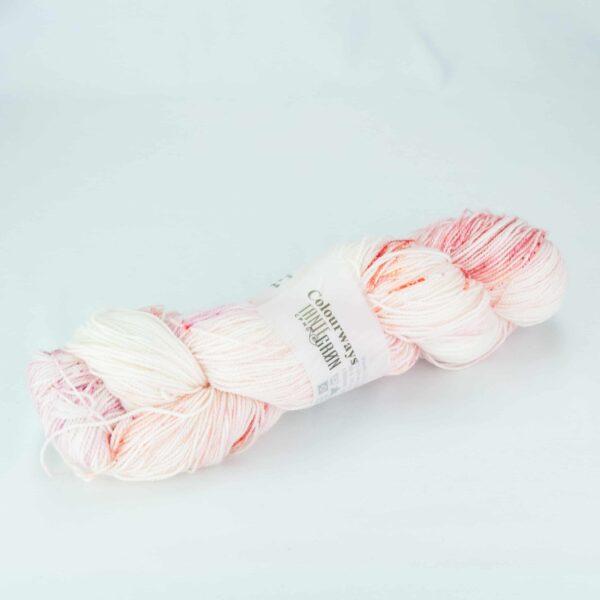 Garnnøgle fra Tante Grøn CPH Colourways Strawberry Softice