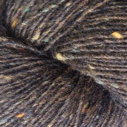 Garnnøgle fra Isager Tweed Chocolate
