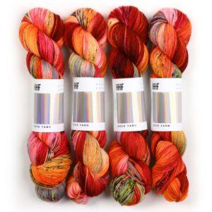 Garnnøgler fra Hedgehog Sock Yarn Phoenix