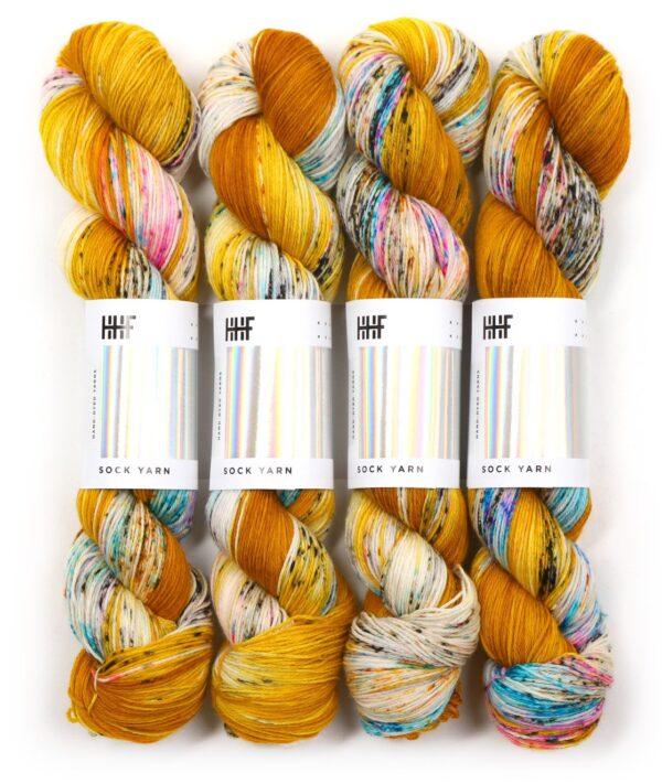 Garnnøgler fra Hedgehog Fibres Sock Yarn Fool's Gold