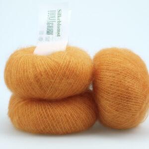 Spændende garn fra Tante Grøn CPH - Silkeblomst Orange